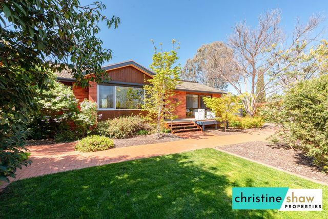 7 Foster Place, ACT 2602