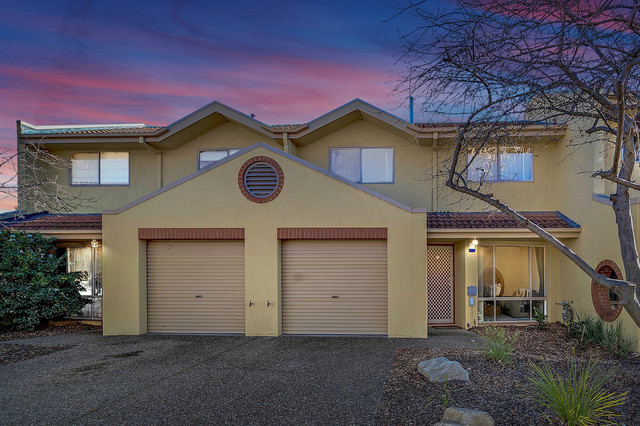 25/14 Federal Highway, ACT 2602